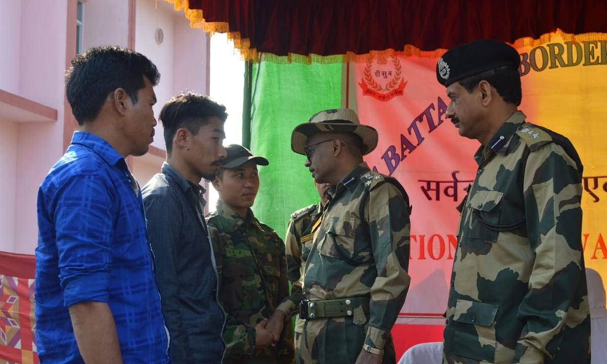 Tripura: 3 members of banned NLFT surrender with arms before BSF