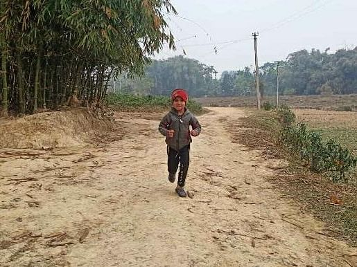 Assam CM  hails 5-yr-old Jorhat girl  for running 15 km every day