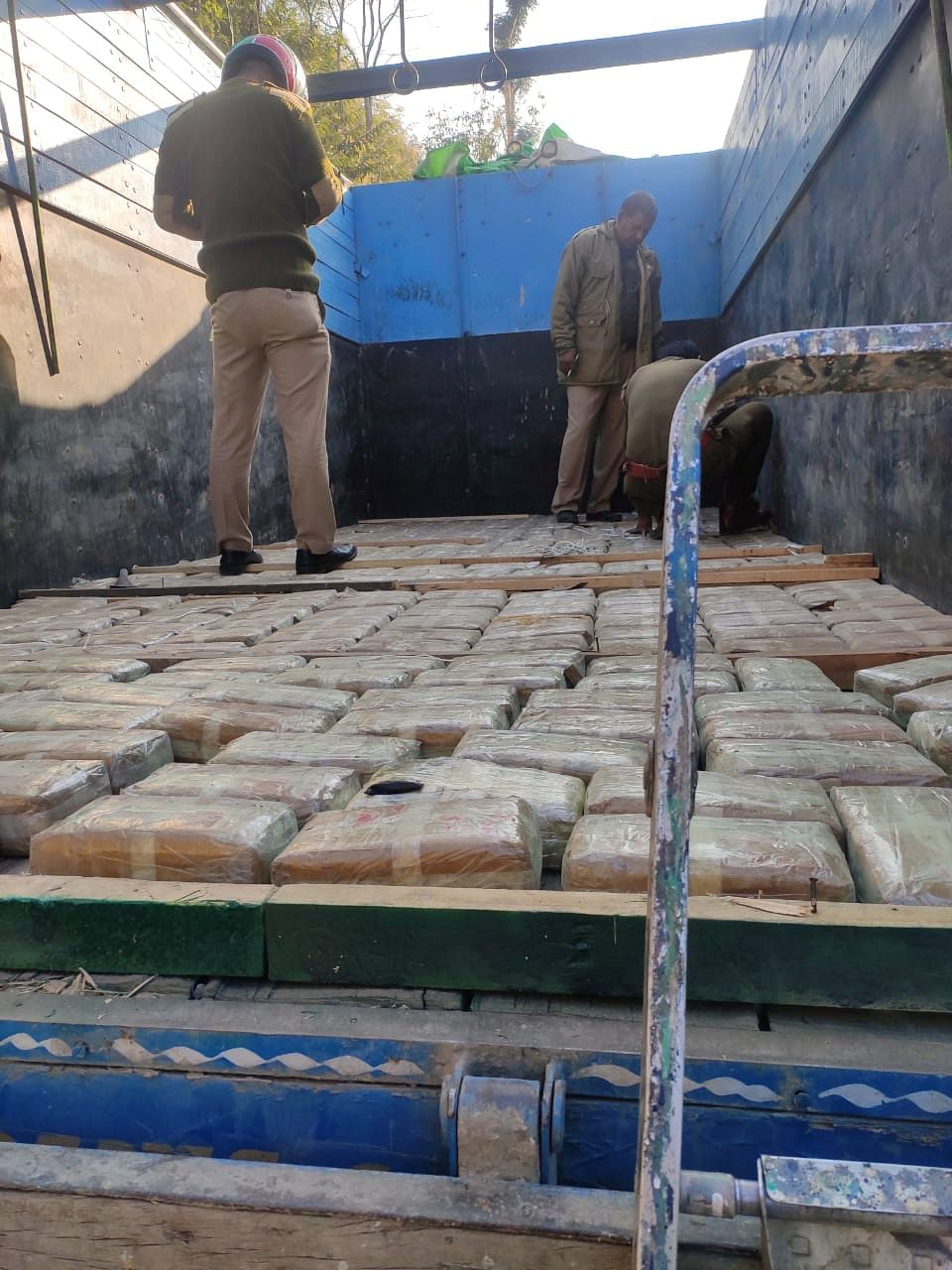 The tablets were packed inside 390 polythene packets, hidden inside a false compartment of a body floor of a Tata truck with registration number MZ-01-S-4548