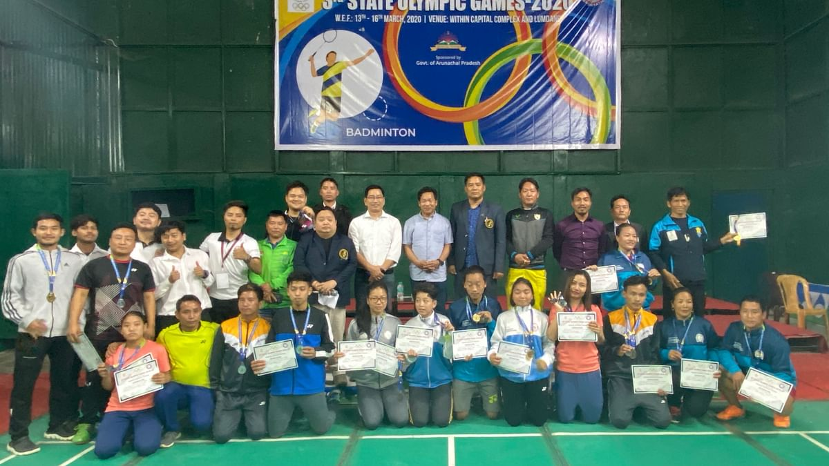 The players and winners of badminton competition in the 3rd State Olympic Games 2020