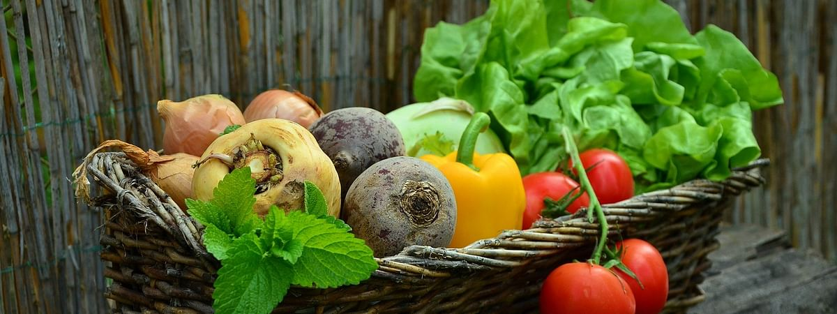 Social distancing should be maintained at places selling vegetables