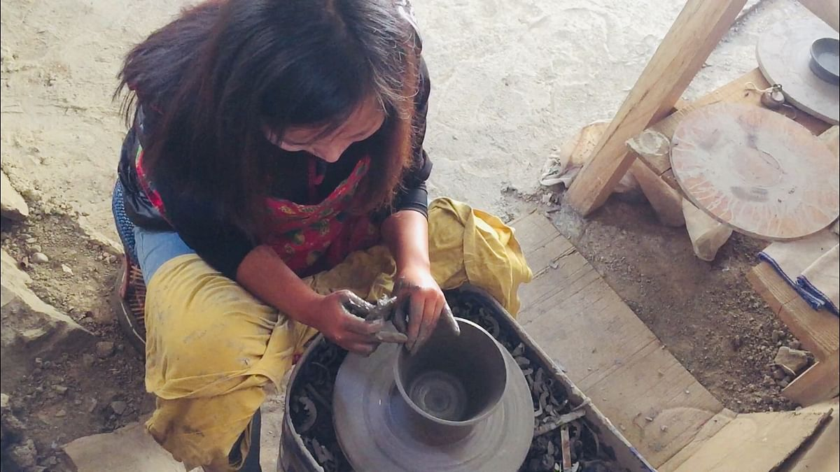 Vizonuo Soliezuo learned the art of pottery under Manjari Kanoi, a professional potter based in Kolkata in 2017