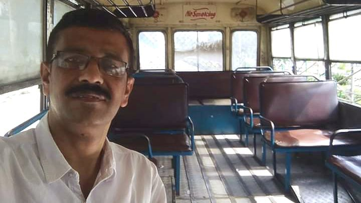 Guwahati banker Dhiraj Kr Das is currently posted in Kolkata. He stole a moment to take a picture of himself in an empty bus during the nationwide lockdown over coronavirus pandemic