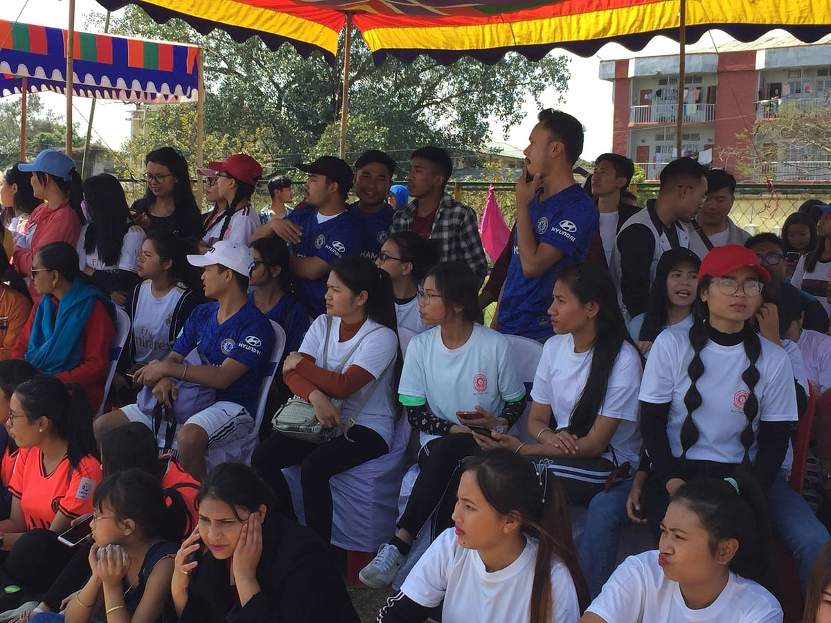 Hundreds of students thronged the hockey grounds of Manipur University during the inaugural event on Monday