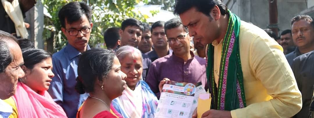 Tripura chief minister Biplab Kumar Deb campaigning to raise awareness on the prevention of coronavirus in the state