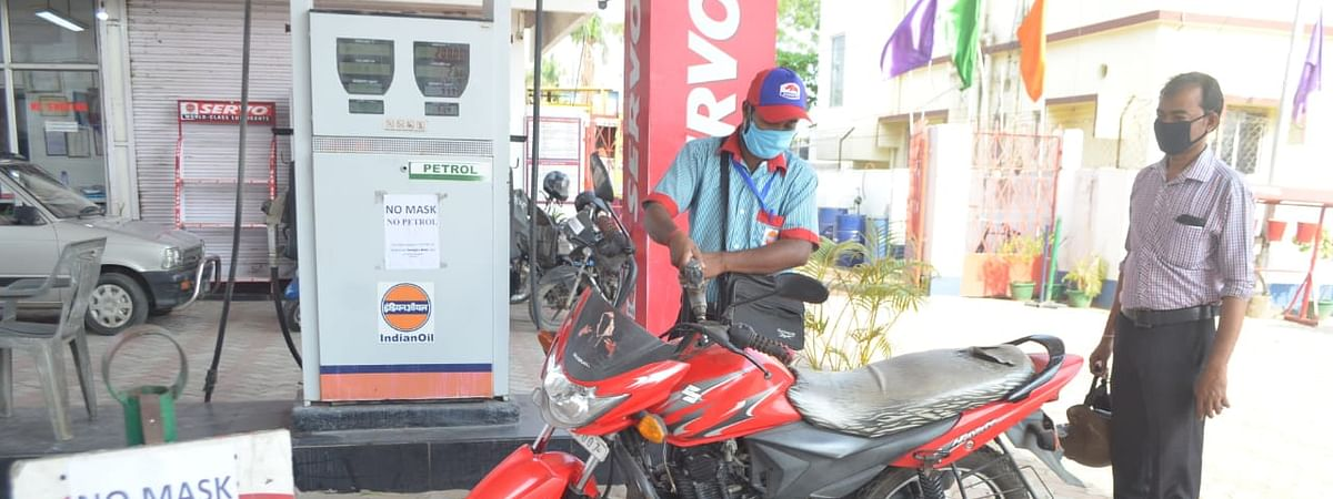 Vehicles visiting fuel pumps in Tripura were seen standing in queues maintaining social distance amid COVID-19 scare
