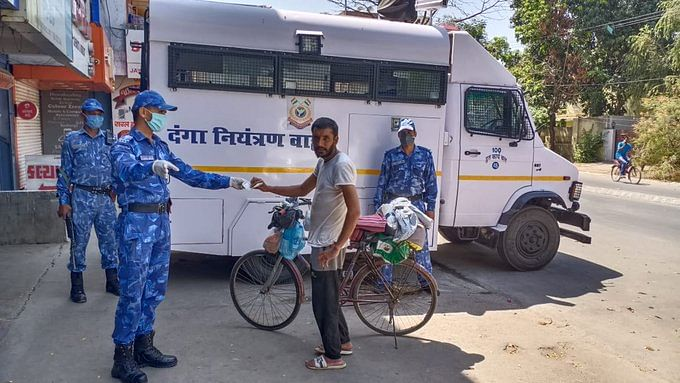 During the six-day journey form Mumbai to Chandigarh, Arif was helped by CRPF officials all the way