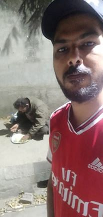 Dipankar Sharma's first encounter with a homeless man in his neighbourhood (as seen in the pic) triggered his desire to help others in need during the COVID-19 lockdown