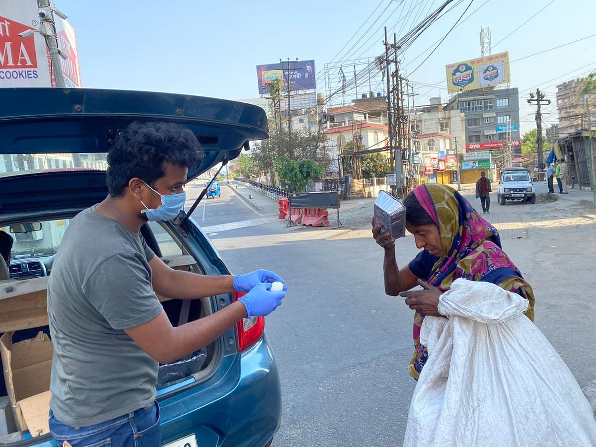 Over 115 destitute and hunger-stricken people were provided with food in Guwahati