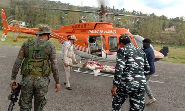 COVID19: Man cycling from Mumbai to J&K for sick dad gets CRPF aid