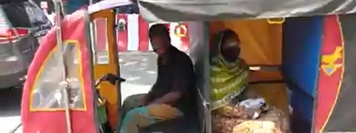What looks like a normal e-rickshaw is cleverly modified to include four separate compartments for accommodating people -- a welcome move for maintaining social distancing norms