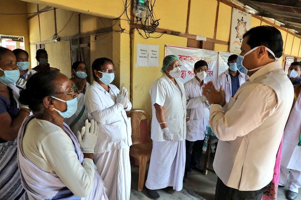 CM Sonowal interacting with health workers during his visit to flood-hit areas in Goalpara