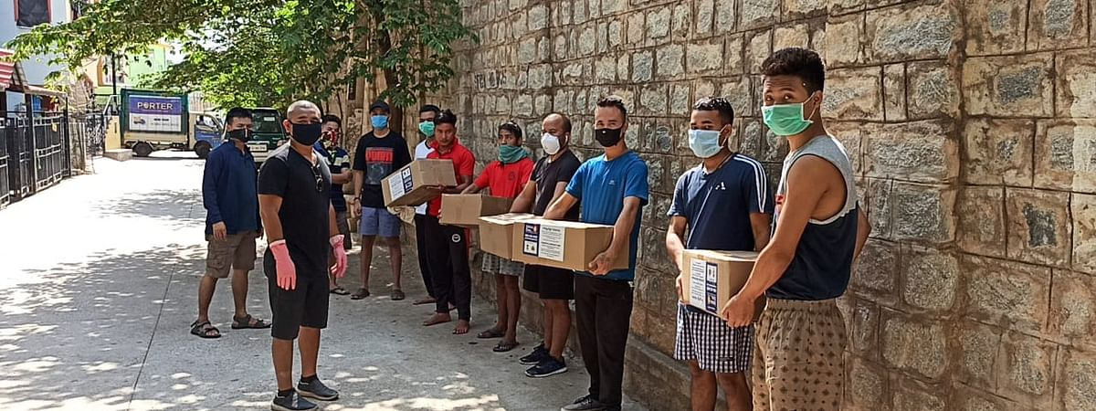 BMSA with a group of volunteers is ensuring door step delivery of ration amid the lockdown