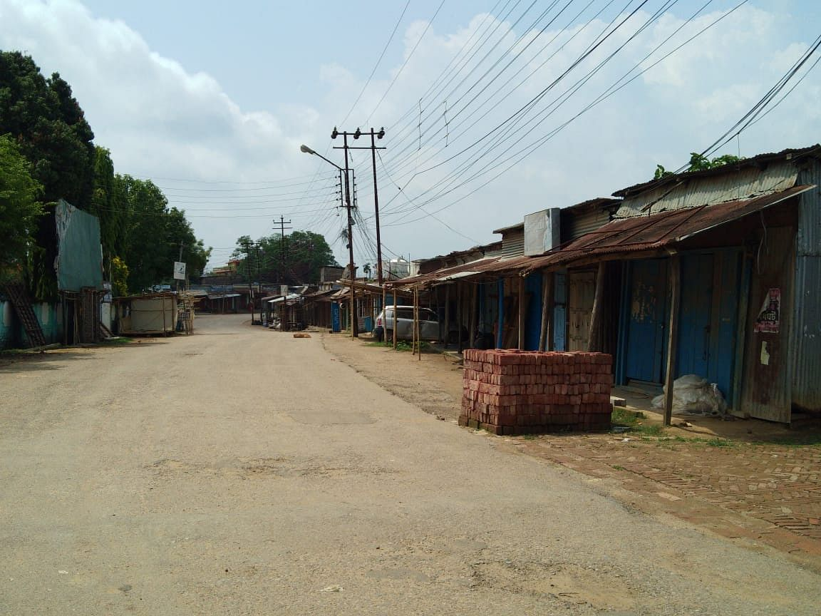 The Gandacherra market wore a deserted look on Wednesday as all shops in the containment zone remained closed
