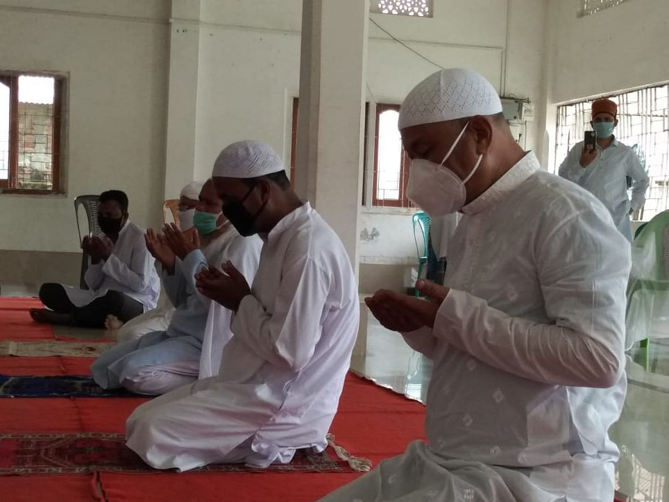 Guwahati: 5 people allowed to gather in Masjids during Eid tomorrow