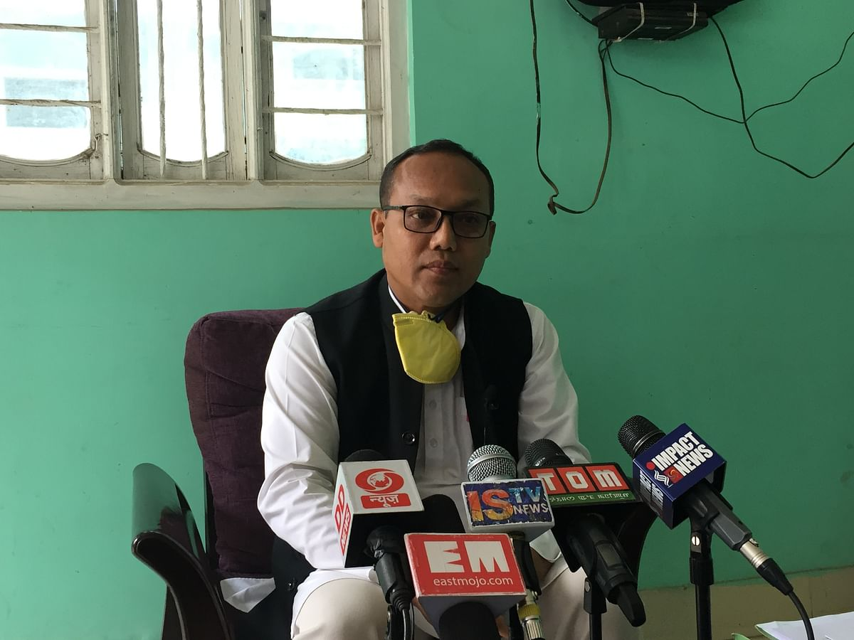 Manipur Congress to move petitions against 7 defector MLAs to SC
