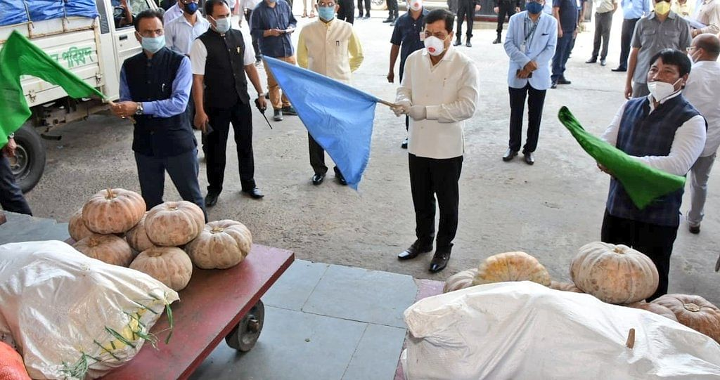 Chief minister Sarbananda Sonowal along with Assam industries minister Chandra Mohan Patowary and agriculture minister Atul Bora flagging of the export of pumpkins in Guwahati on Thursday