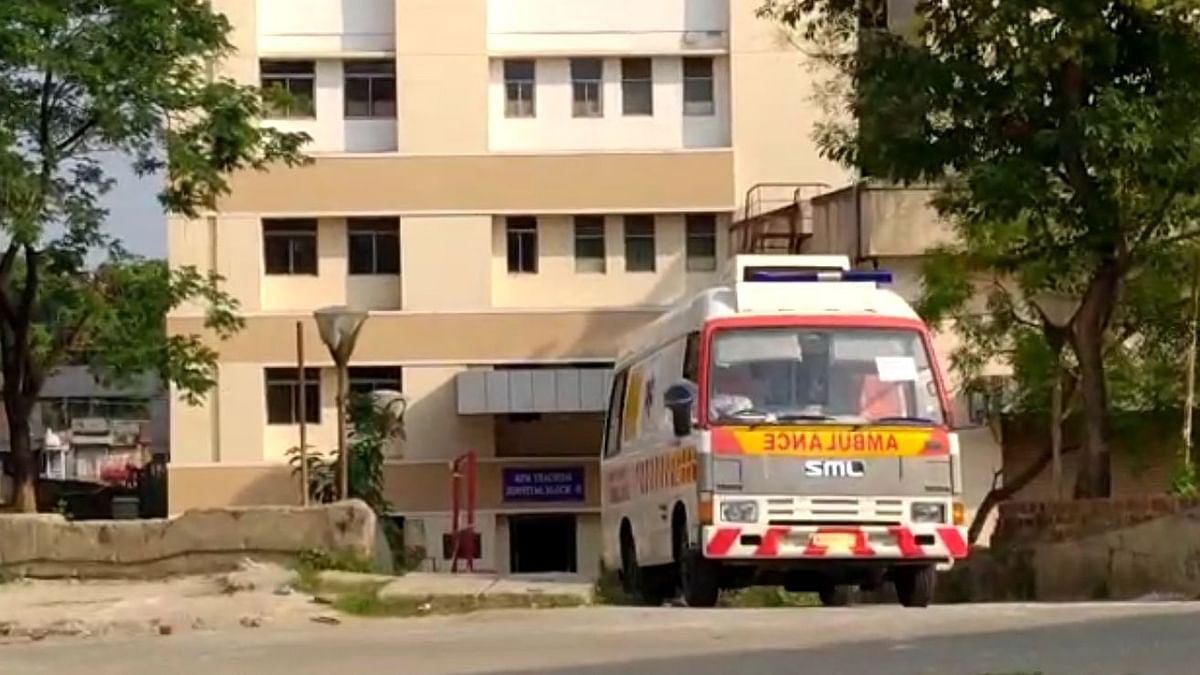 Windows of the ambulance were kept open as the jawans faced problems in breathing