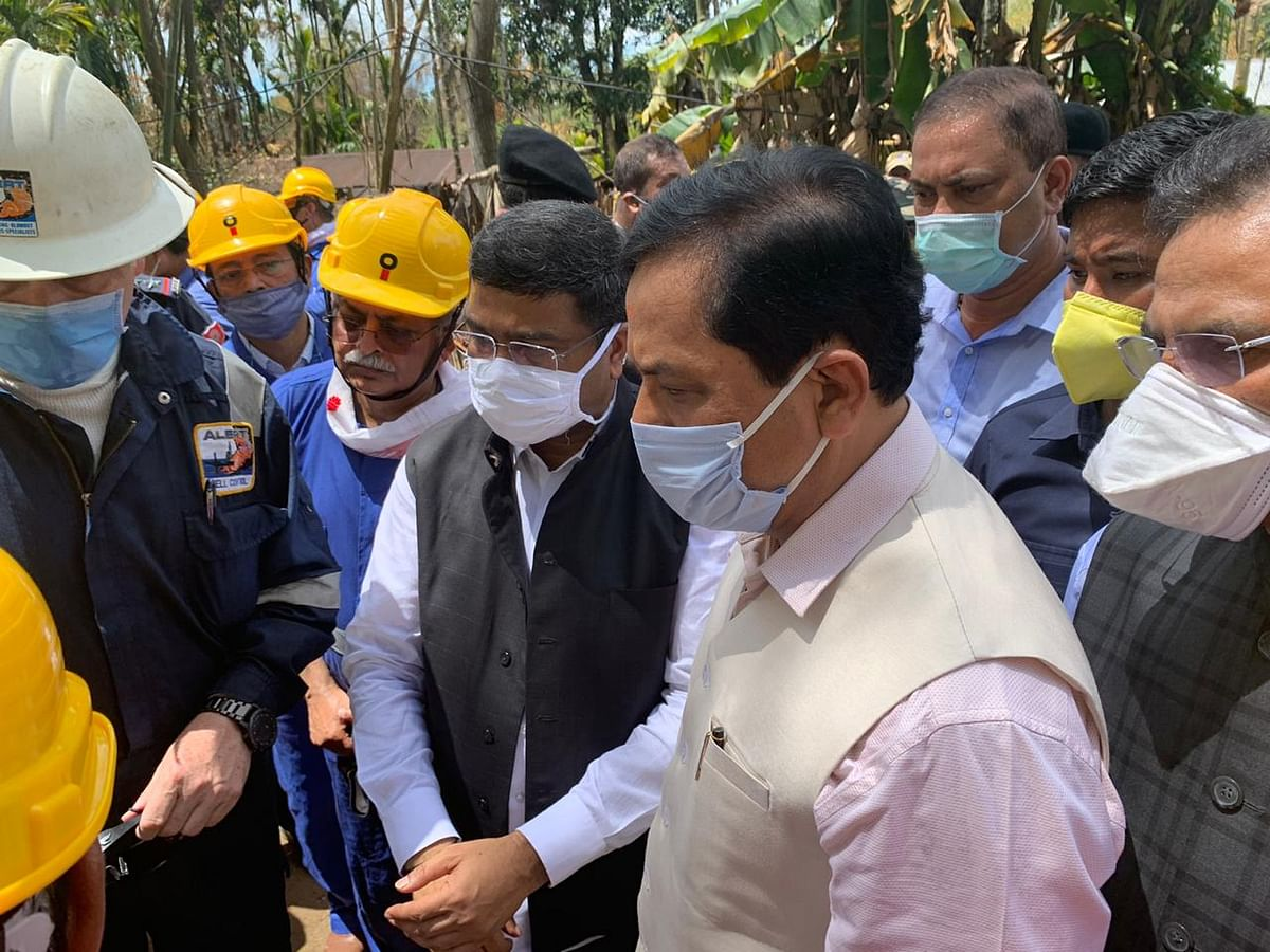Union petroleum minister Dharmendra Pradhan and Assam chief minister Sarbananda Sonowal at the site