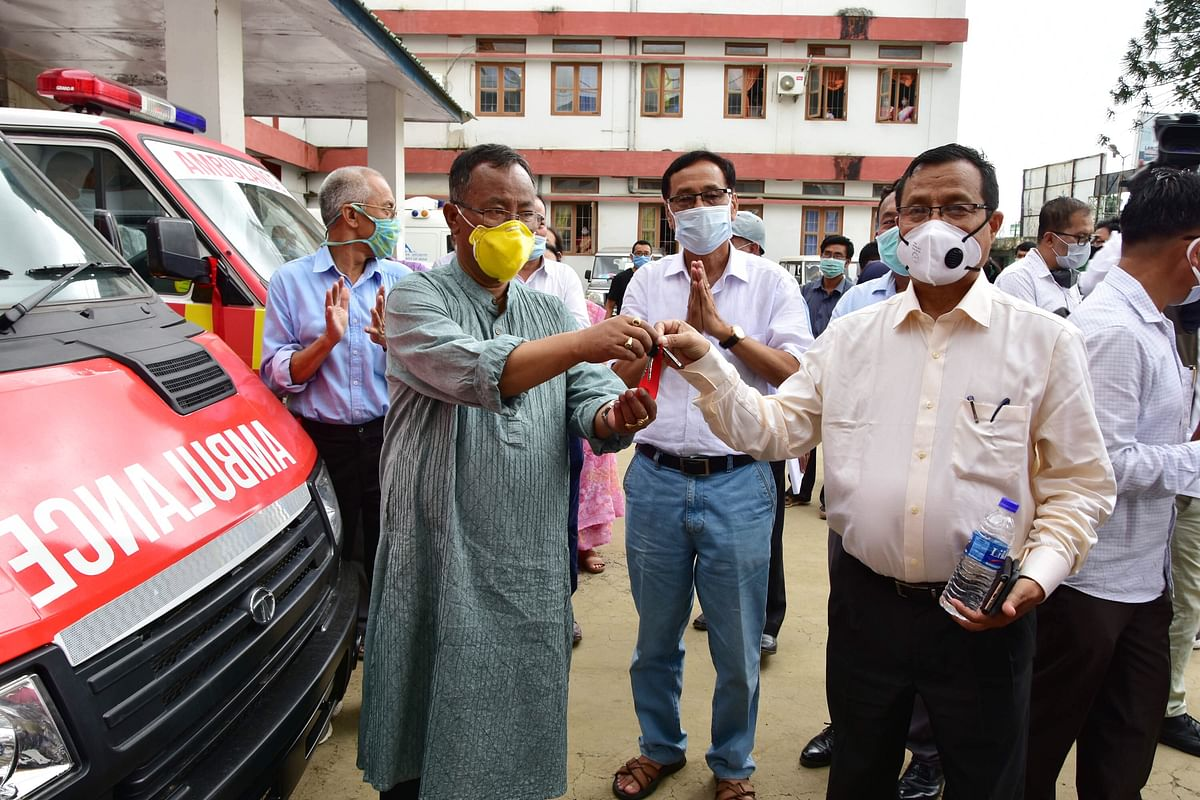 Health minister L Jayantakumar handing over ambulance key to the official on Tuesday