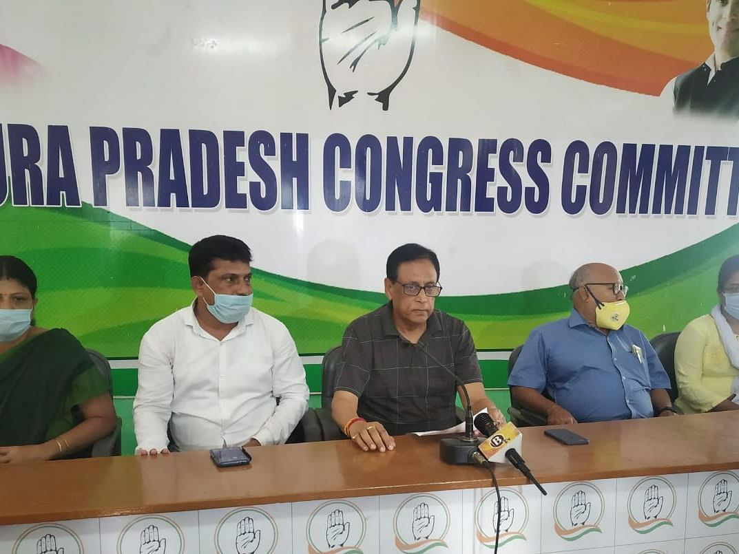 Honorarium to tribal leaders aimed at garnering votes: Congress