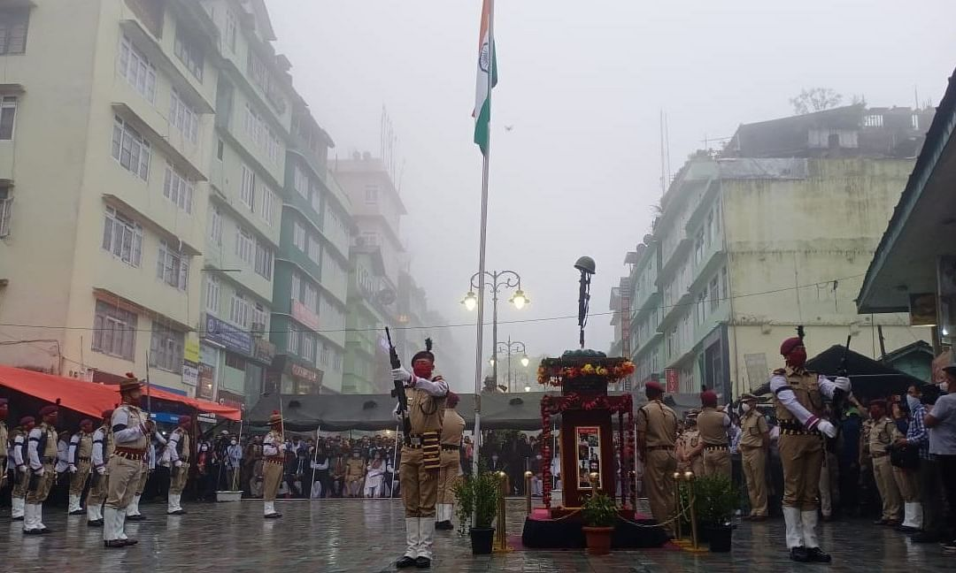 A gun salute by the Sikkim Armed Police carefully synchronized with the tune of the Sikkim Police Band was also witnessed