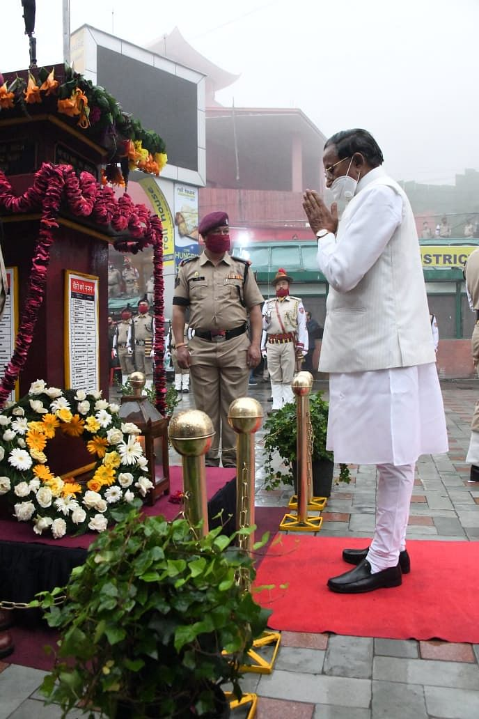 Governor Ganga Prasad in his address paid rich tribute to the brave soldiers of the Indian army who lost their lives while fighting for the nation