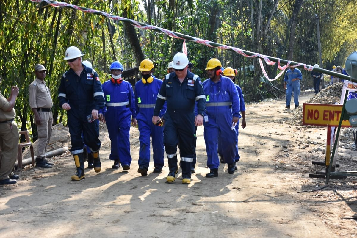 Foreign experts at Baghjan oil field