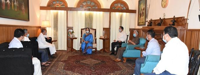 A delegation of Secular Progressive Front, Manipur led by O Ibobi Singh called on Manipur Governor on Friday evening