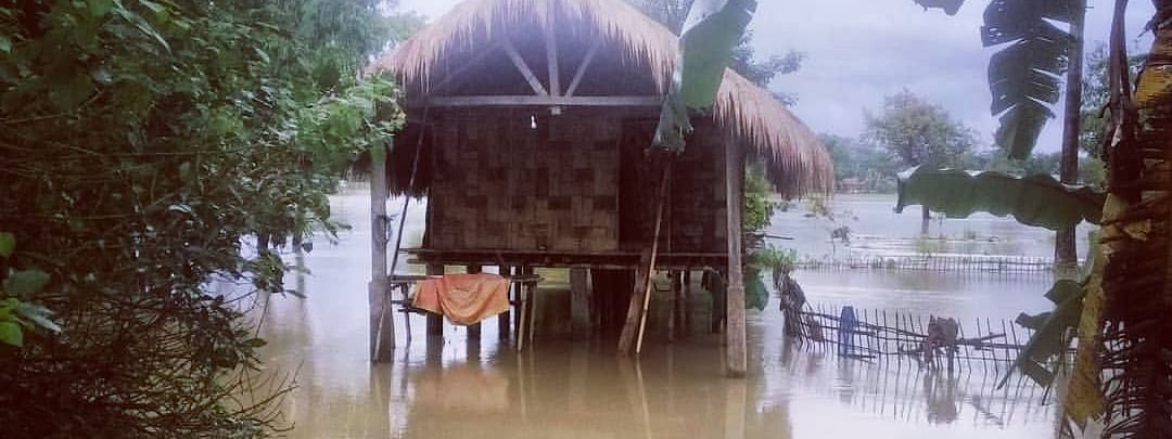 The Misings live in elevated houses called Kare Okum (Chang Ghar in Assamese) built on bamboo stilts or wooden poles