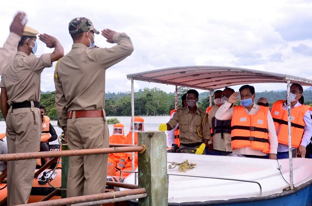 CM Sonowal interacts with the forest officials during his visit