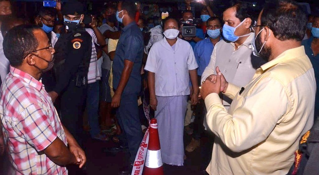 CM Sonowal also interacted with the inmates of relief camps and the health workers during his visit
