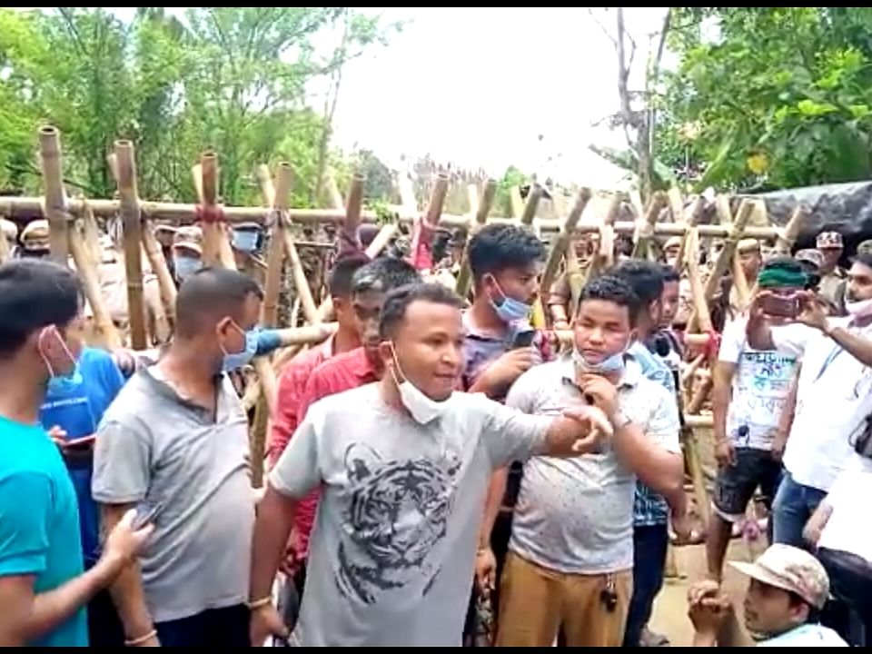 Assam: Protesters march to mass suicide bid at Baghjan blowout well, stopped by police
