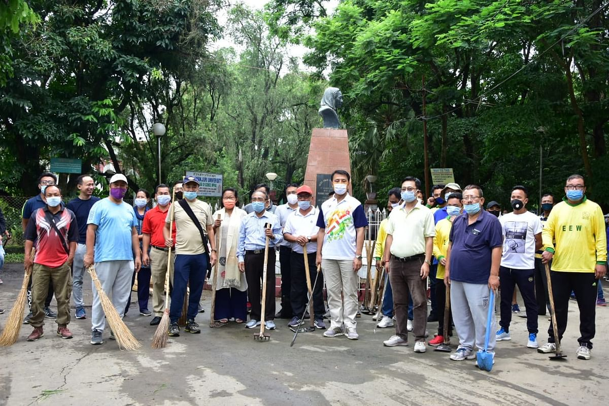 The cleanliness drive was carried out at Dhanamanjuri University campus