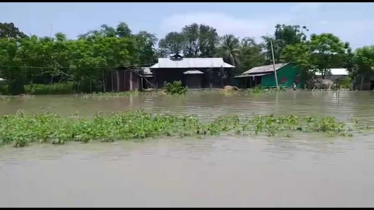 Among the flood-affected districts, Goalpara is the worst-hit affecting a total of 4,70,253 people in 289 villages under four revenue circles