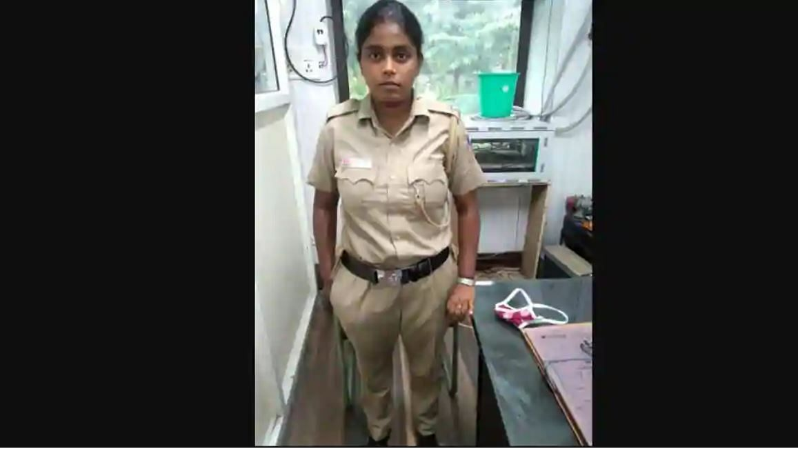 Woman poses as cop, issues COVID challans in Delhi; gets caught