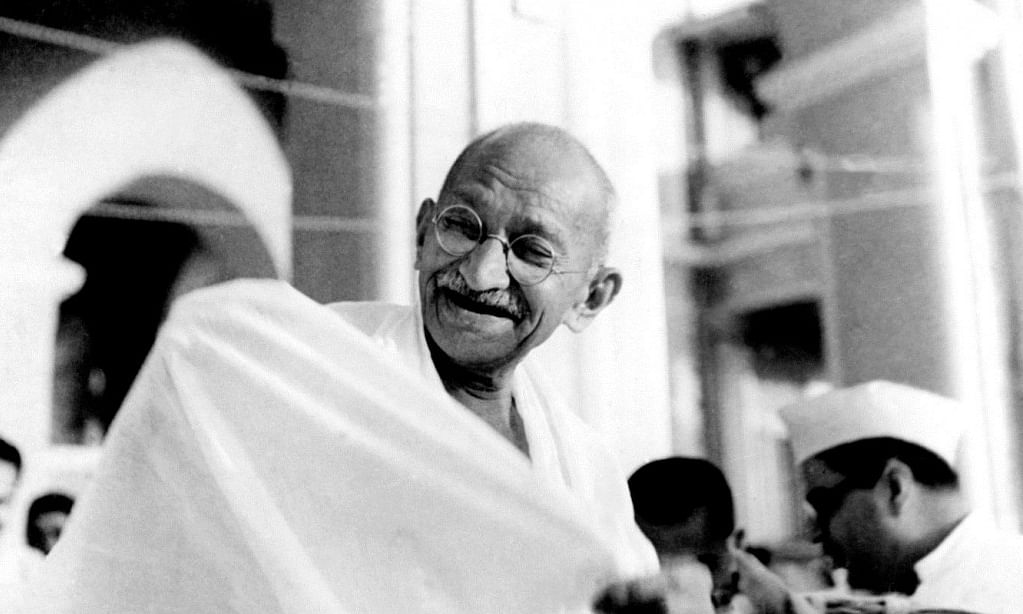 The news of Mahatma Gandhi's spectacles has attracted huge attention from all around the globe including many interested bidders from India