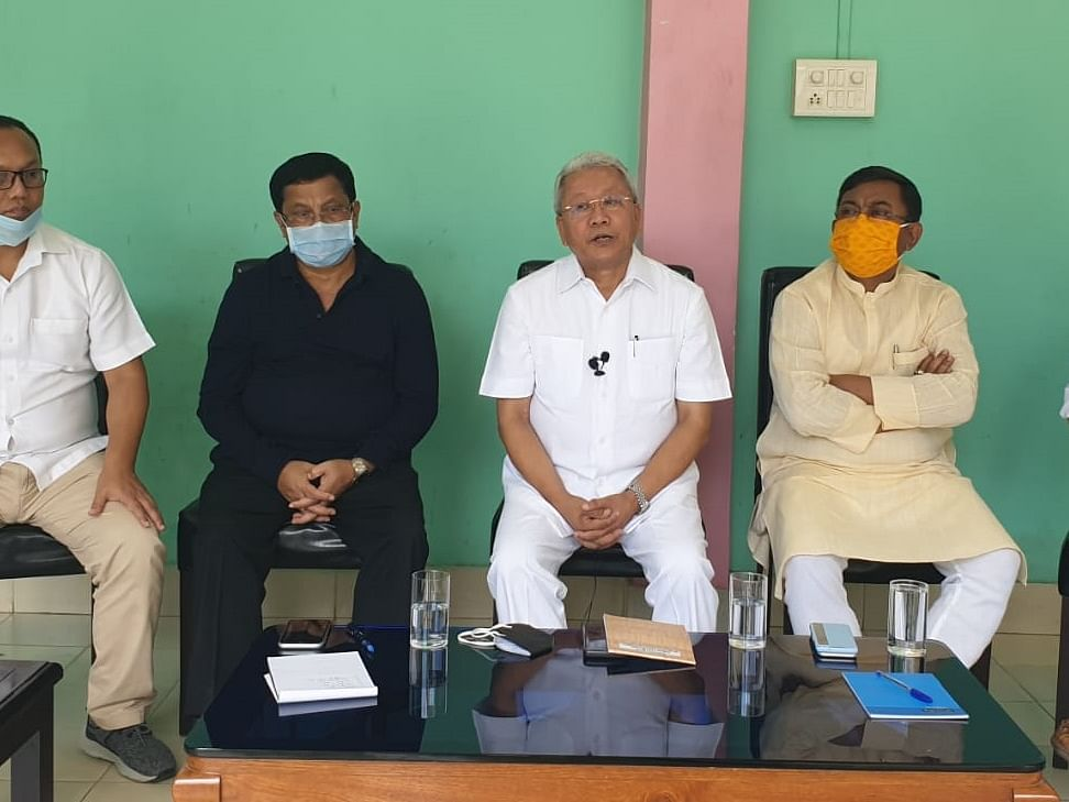Manipur: Cong lashes out at rebel MLAs, says one must follow ethics in politics