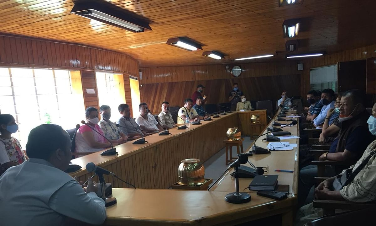 Meghalaya agriculture minister Banteidor Lyngdoh meeting with farmers associations and NGOs