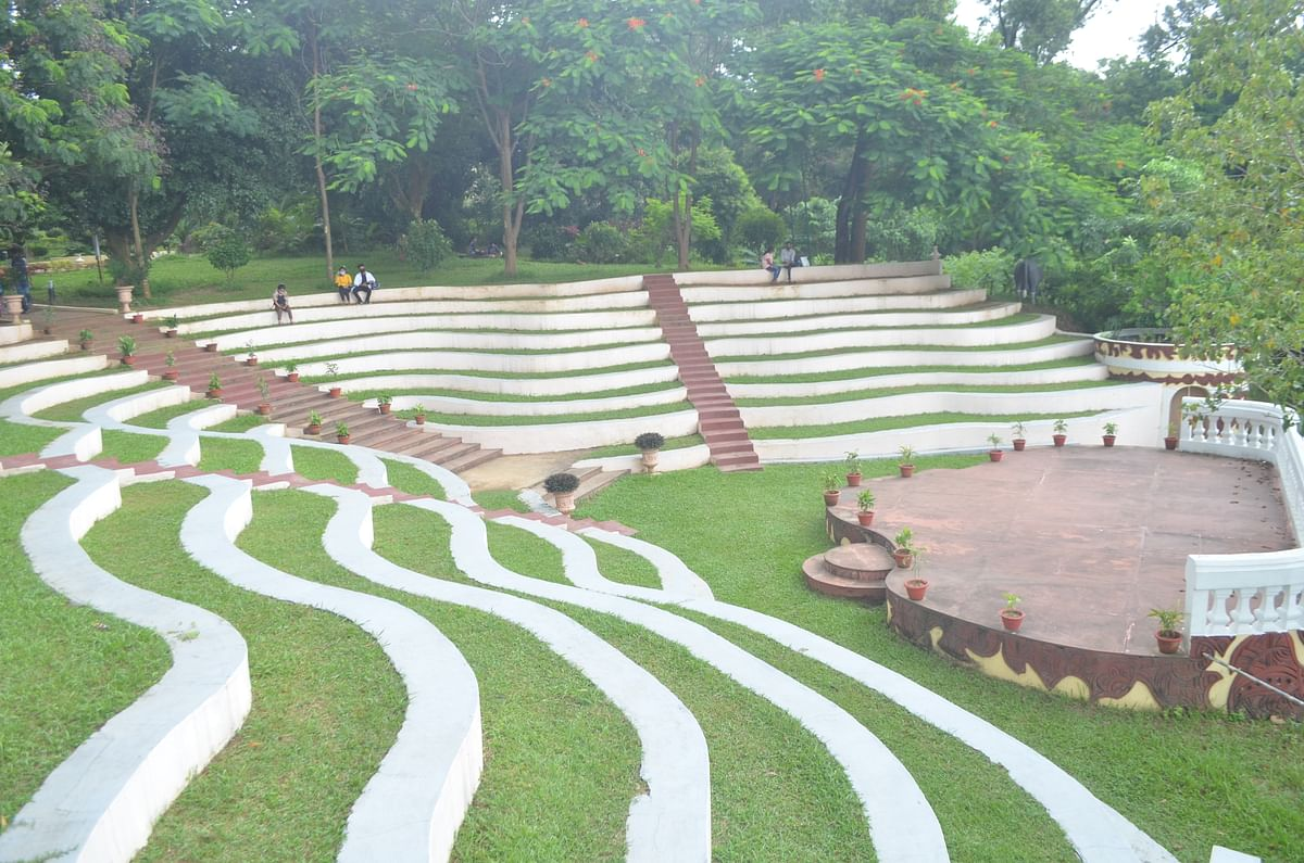 Heritage Park is located 2 km away from Tripura legislative assembly