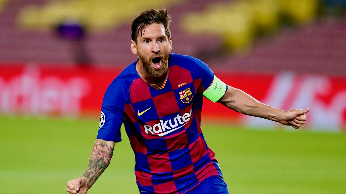 Lionel Messi bamboozled half of the Napoli team on the way to what Barcelona calls it the goal of the season