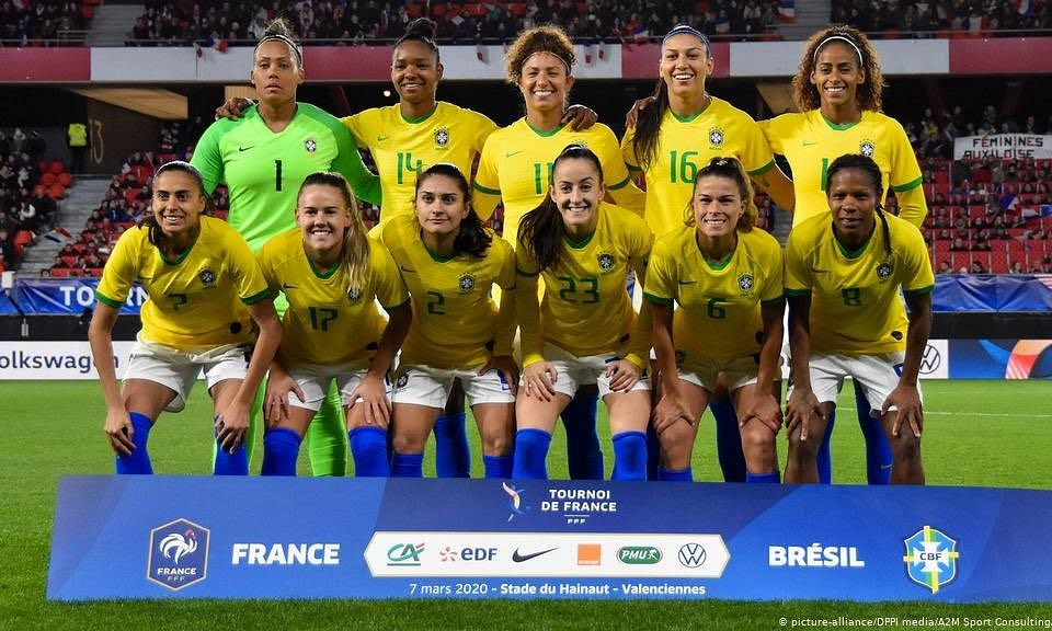 Brazil's football federation announced today that it will pay men and women the same amount for representing the national team