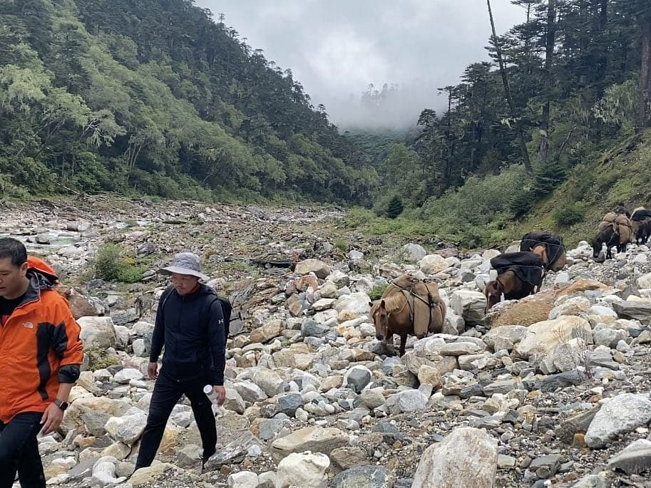 Arunachal CM treks for 11 hours at 14,500 ft height through mountains to meet villagers