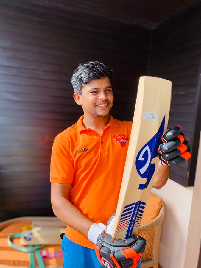Although Priyam's ideal style  is suited to the anchor role, he can attack the opposition as well
