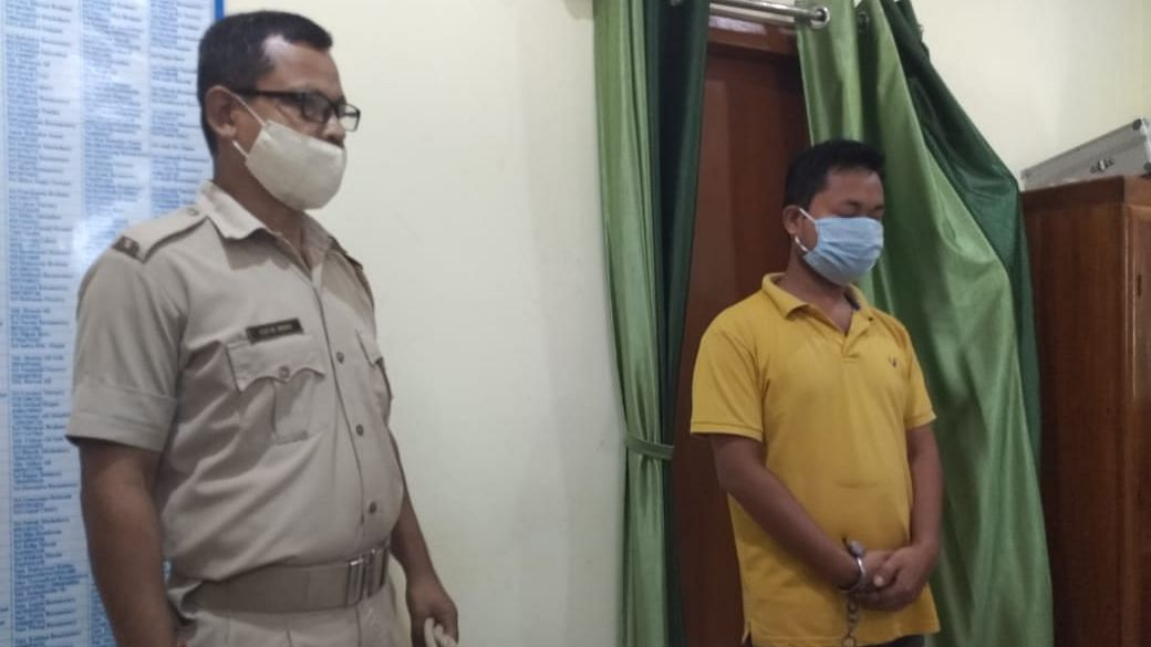 2 held with illegal arms & fake currency notes worth 5 lakh in Kokrajhar