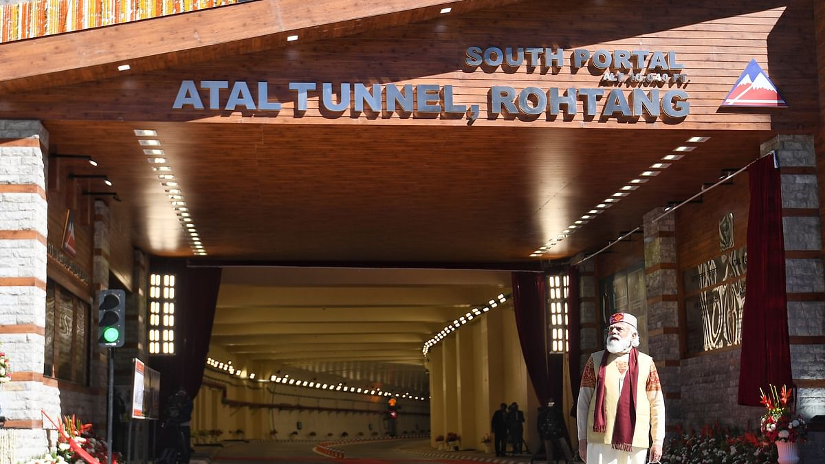 Atal tunnel: Race & selfie attempts cause 3 accidents in 3 days