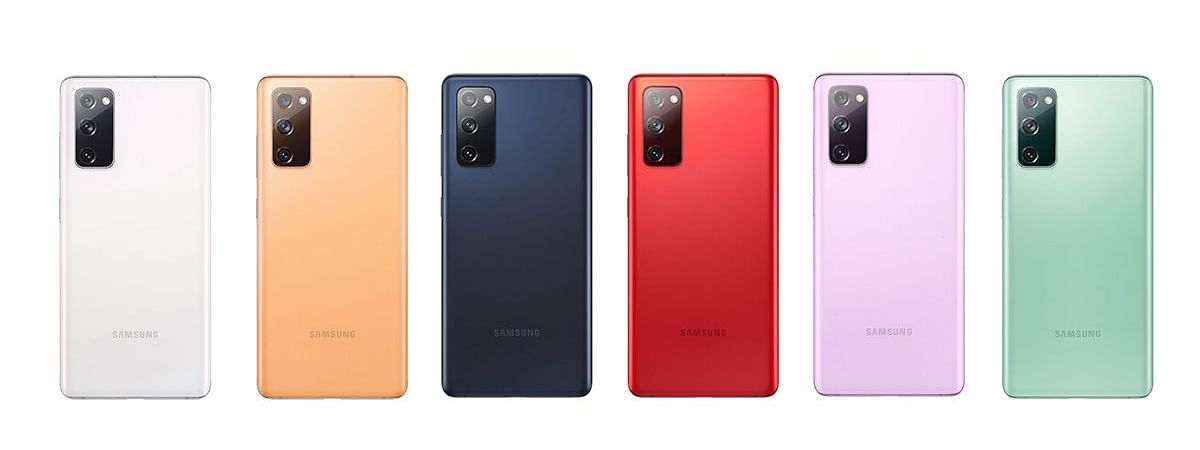 Unlike the global model that has the 6GB RAM + 128GB, 8GB + 128GB, and 8GB + 256GB versions in a total of six colour options – Cloud Orange isn't coming to the Indian market