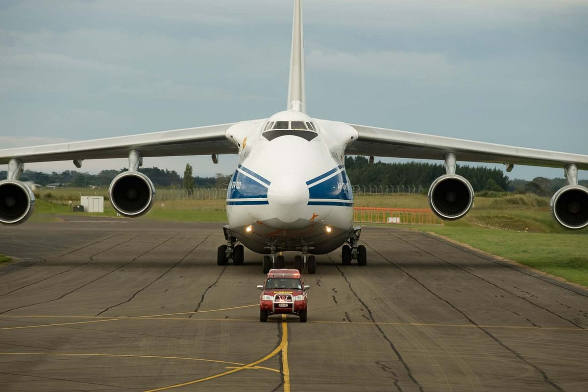 The An124 (ANTONOV) aircraft is the world largest civilian transport aircraft and is also the world's heaviest