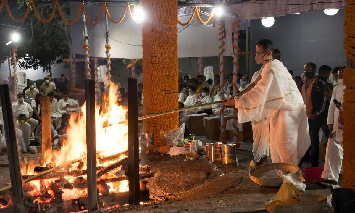 Tarun Gogoi was cremated at the Nabagraha Cremation ground in Guwahati on Thursday