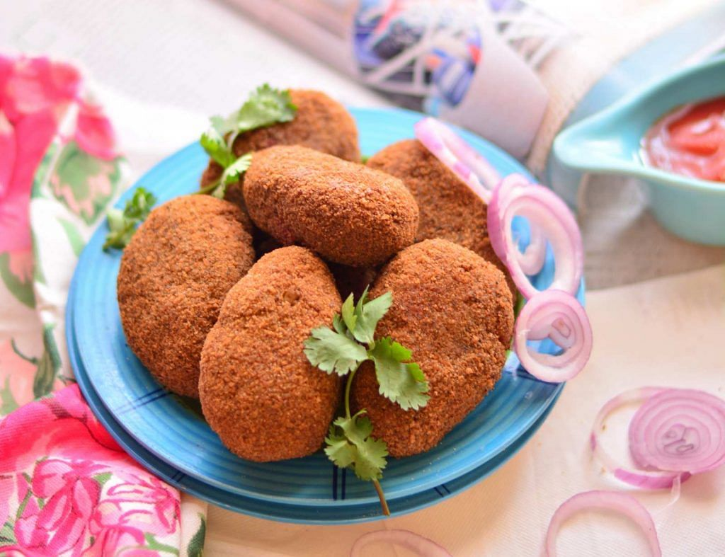 Egg Shoap is a fried cutlet, made up of eggs and potatoes with some spices sprinkled on